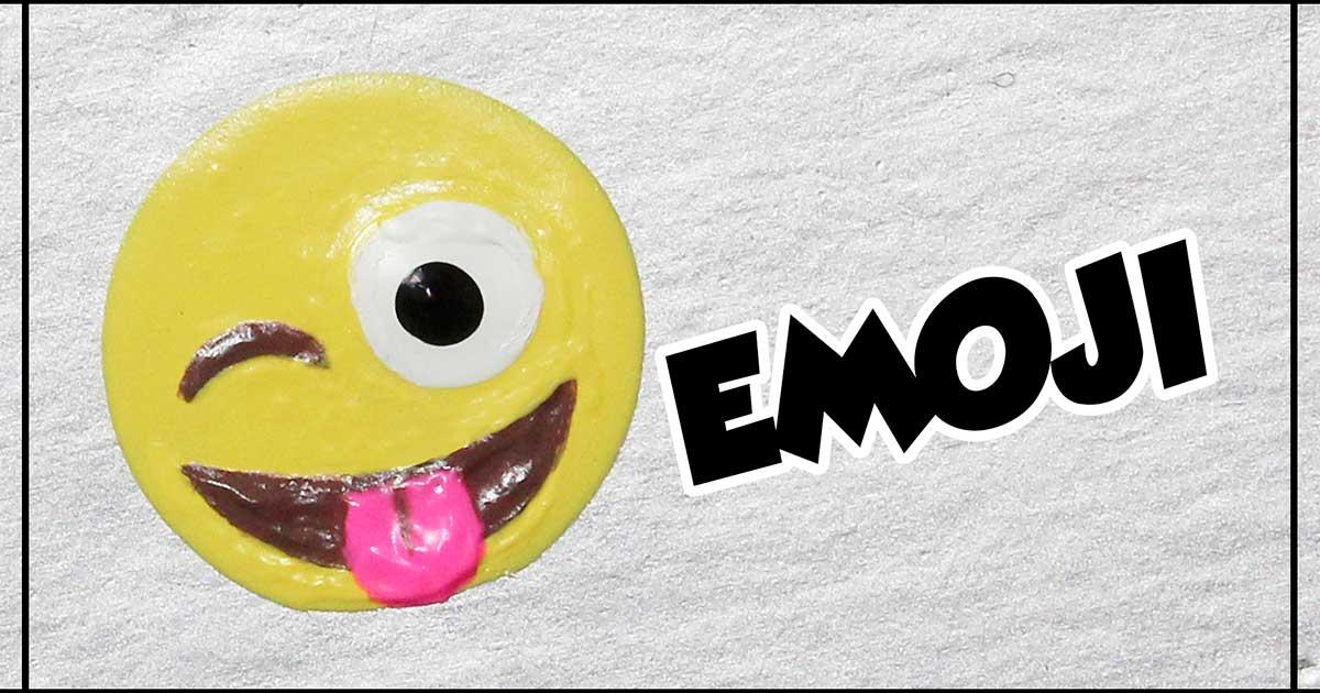 como desenhar emoji dando língua unhas da lalá